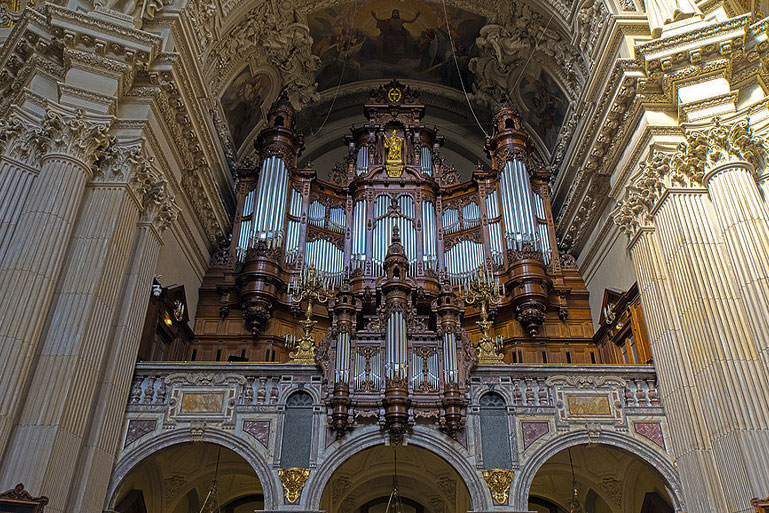 фото кафедрального собора в Берлине
