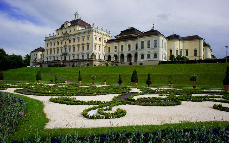 Людвигсбургский дворец